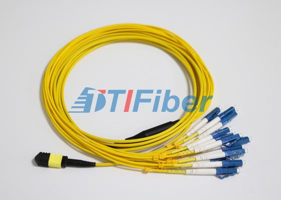 La toppa della fibra di LC il MP MTP/MPO conduce con il connettore della fibra ottica di UPC